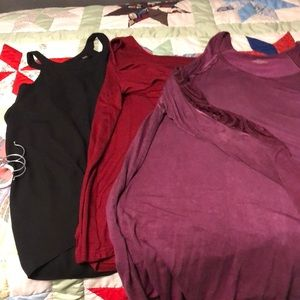 3 cold shoulder blouse in great condition